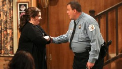 PHOTO: Melissa McCarthy shares some important news with Billy Gardell on 