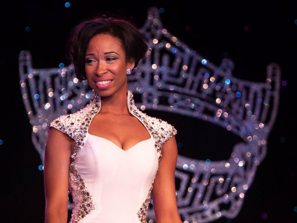 PHOTO: Brittany Lewis of Wilmington competes during the evening wear phase of the Miss Delaware 2014 pageant in the Rollins Center of Dover Downs Hotel & Casino in Dover, Delaware on June 14, 2014.