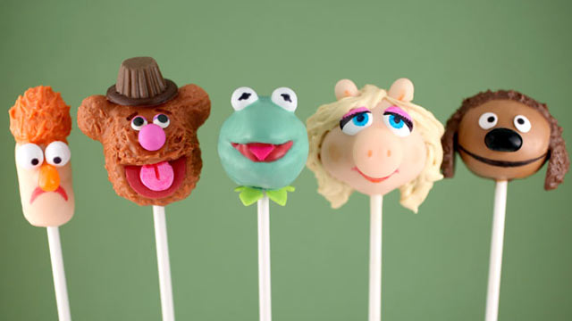 PHOTO: Bakerella's Muppets cake pops are shown here.