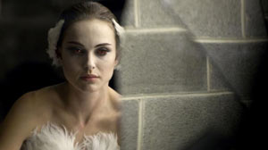 "PHOTO Natalie Portman in Darren Aronofsys ""Black Swan."""