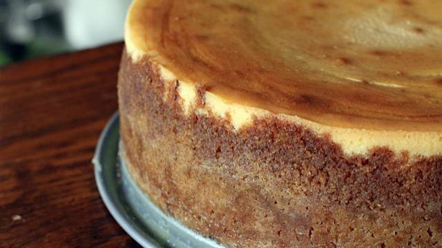 large food pumpkin ginger cheesecake pie this is a pumpkin ginger ...