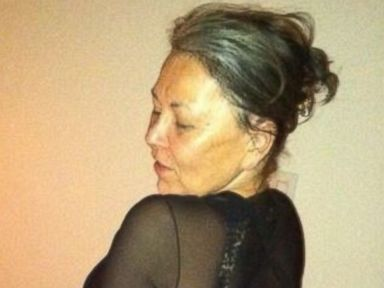 Photos: Roseanne Barr Channels Kim Kardashian in Selfie