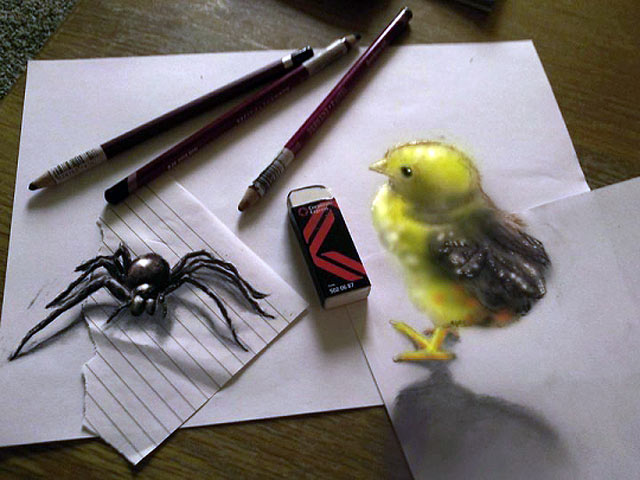 ht spider chick jef 130620 vblog 3 D Pencil Sketches Leap Off the Page