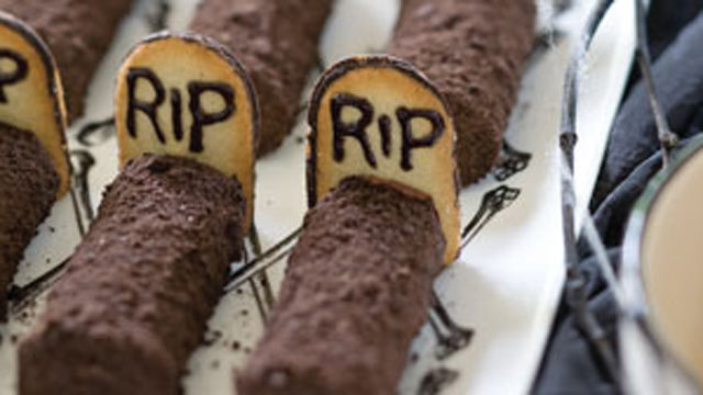 PHOTO: Sandra Lee's Tombstone Treats