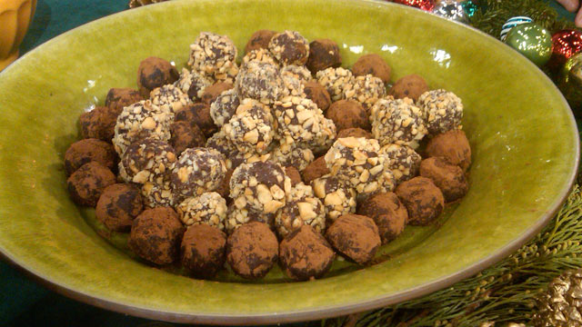 PHOTO: Emeril's simple chocolate truffles are shown here.