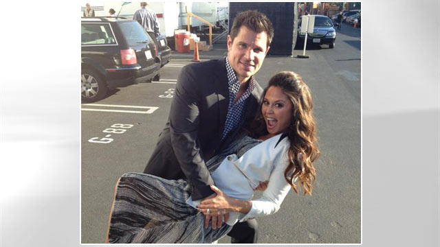 Photo: Vanessa Lachey poses with Nick Lachey in her first night out since the birth of Camden John.