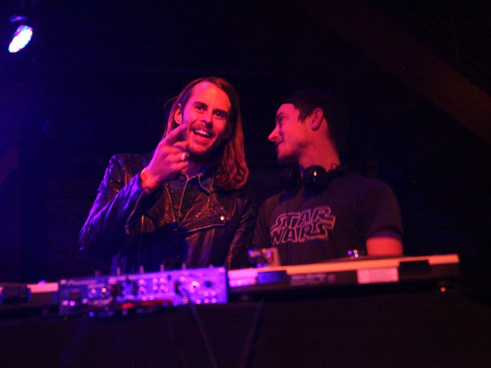 PHOTO: Zach Cowie, left, and Elijah Wood, right, are pictured DJing at Brooklyn Bowl in Brooklyn, N.Y. on Jan. 19, 2015.