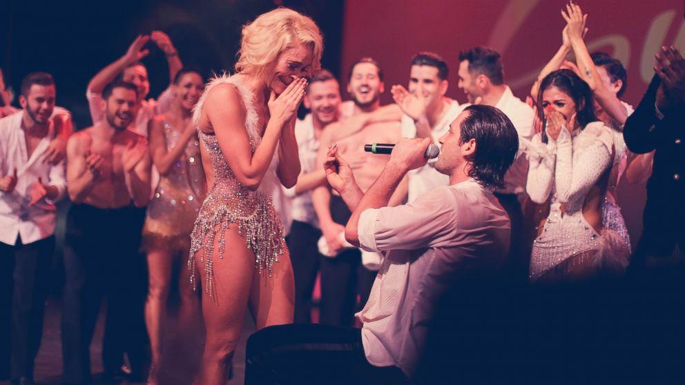 Maksim Chmerkovskiy Dating Peta Murgatroyd Dwts: Maksim Chmerkovskiy And Peta Murgatroyd Are Engaged