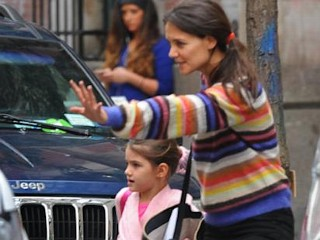 Photos: Suri Cruise Tackles Ballet