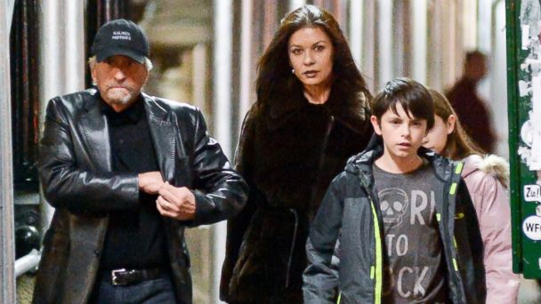 inf michael douglas catherine zeta jones ll 131230 16x9 608 Michael Douglas, Catherine Zeta Jones Seen Together After Split