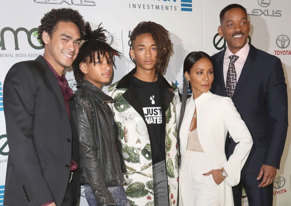 PHOTO: From left, Trey Smith, Willow Smith, Jaden Smith, Jada Pinkett Smith and Will Smith attend the Environmental Media Association 26th Annual EMA Awards at Warner Bros. Studios, Oct. 22, 2016 in Burbank, Calif.