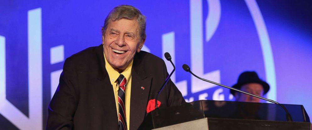 PHOTO: Entertainer Jerry Lewis accepts the 2015 Casino Entertainment Legend Award at Global Gaming Expos (G2E) Casino Entertainment Awards at Vinyl inside the Hard Rock Hotel & Casino, Sept. 30, 2015 in Las Vegas.