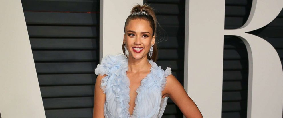 PHOTO: Jessica Alba attends the 2017 Vanity Fair Oscar Party at Wallis Annenberg Center for the Performing Arts on Feb. 26, 2017 in Beverly Hills, Calif.