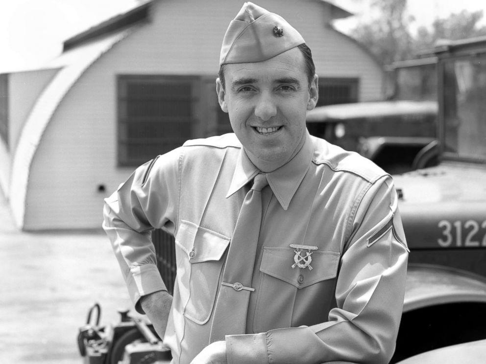 'Gomer Pyle' Star Jim Nabors Dies at 87