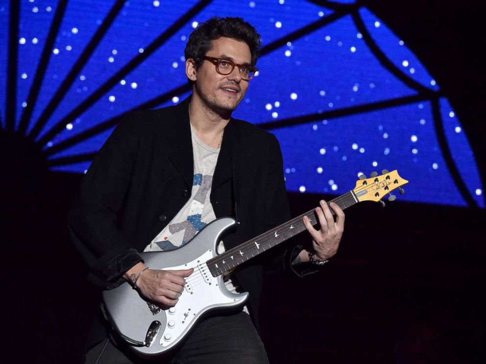 PHOTO: John Mayer performs at The Forum on Dec. 31, 2017 in Inglewood, Calif.