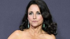 'PHOTO: Julia Louis-Dreyfus arrives1_b@b_1the 69th Annual Primetime Emmy Awards1_b@b_1Microsoft Theater, Sept. 17, 2017 in Los Angeles.' from the web at 'http://a.abcnews.com/images/Entertainment/julia-louis-dreyfus-gty-jt-171020_16x9t_240.jpg'