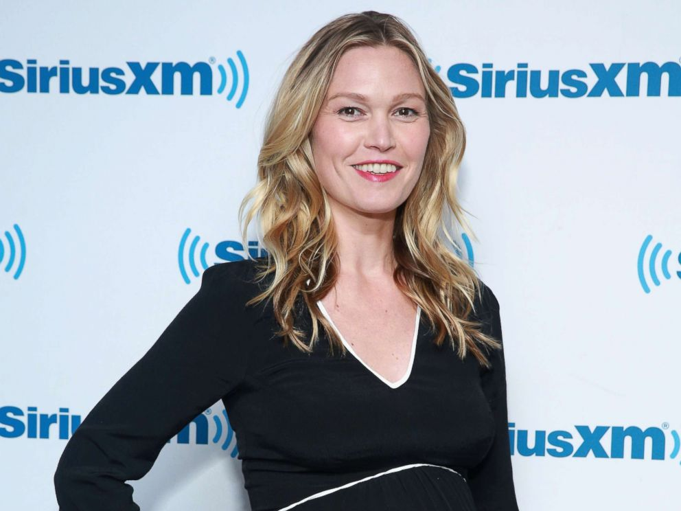 PHOTO: Julia Stiles visits at SiriusXM Studios, Sept. 15, 2017 in New York City.