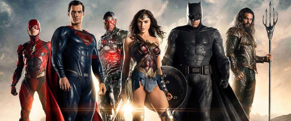 "PHOTO: Ben Affleck, Henry Cavill, Jason Momoa, Gal Gadot, Ezra Miller, and Ray Fisher in ""Justice League."""