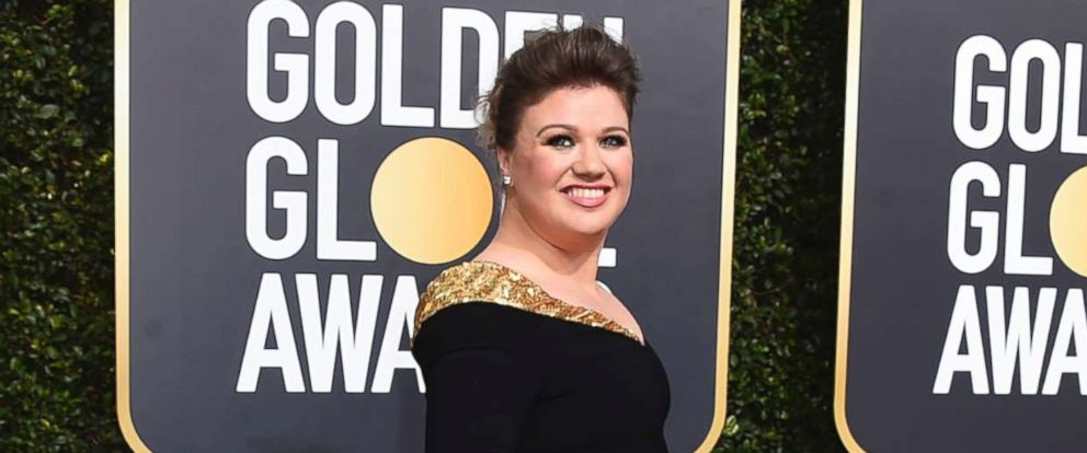 PHOTO: Kelly Clarkson arrives at the 75th annual Golden Globe Awards at the Beverly Hilton Hotel, Jan. 7, 2018, in Beverly Hills, Calif.