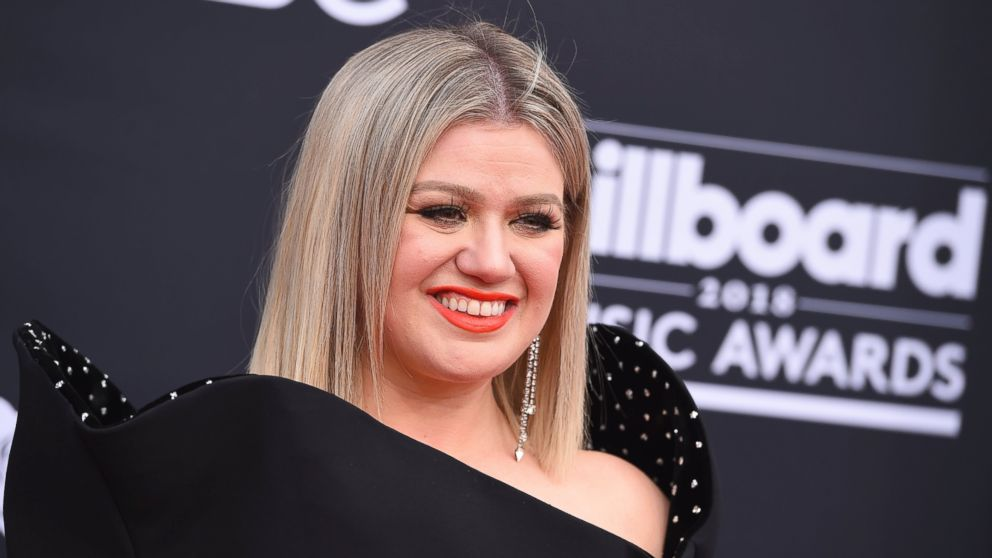 http://a.abcnews.com/images/Entertainment/kelly-clarkson-billboard-ap-mo-20180520_hpMain_16x9_992.jpg