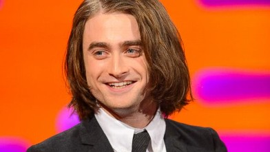 Daniel Radcliffe Tries Hair Extensions