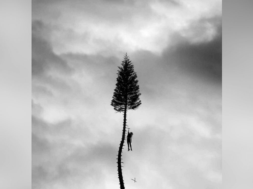 PHOTO: Manchester Orchestra - A Black Mile to the Surface