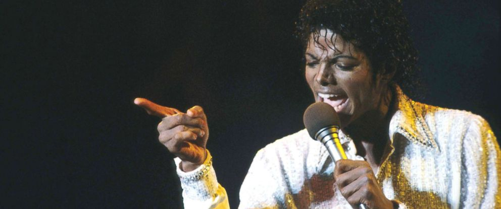 PHOTO: Michael Jackson sings at a concert, Aug. 27, 1984, in Buffalo, N.Y.