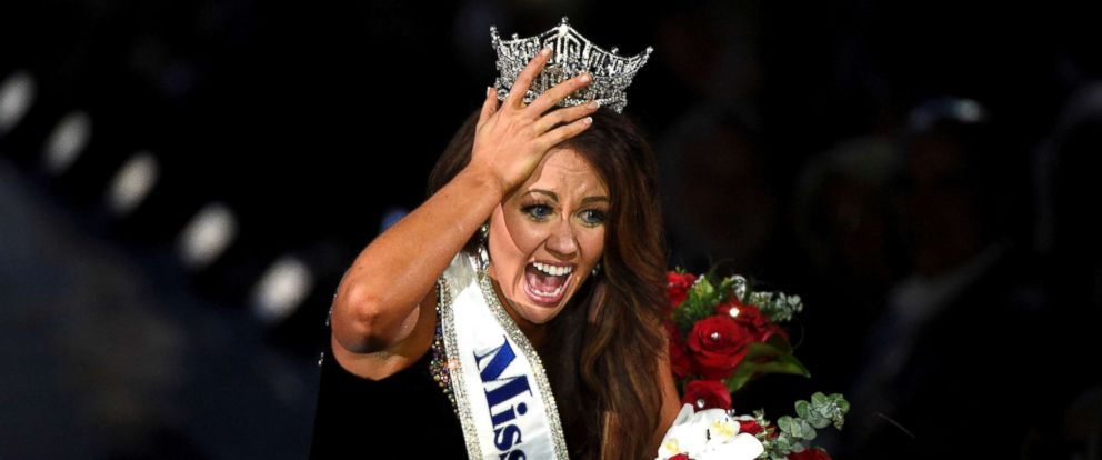 PHOTO: Miss North Dakota Cara Mund reacts after being announced as the winner of the 97th Miss America Competition in Atlantic City, N.J., Sept. 10, 2017.