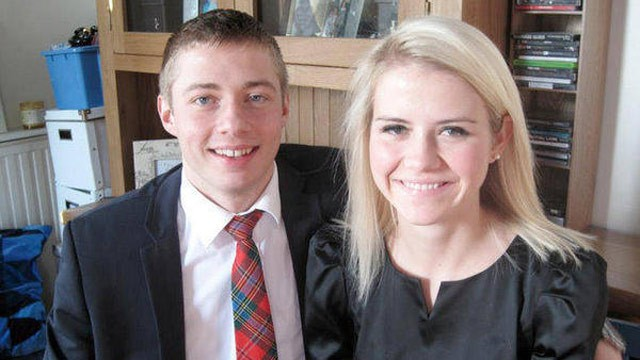Former kidnap victim ELIZABETH SMART marries in Hawaii