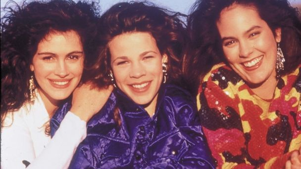 nc mystic pizza kb 131015 16x9 608 Mystic Pizza Cast Reunites, Thanks to Entertainment Weekly