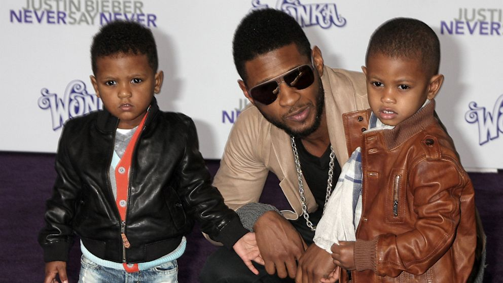 Usher arrives with his sons Usher Raymond V  right  and Naviyd Ely    Usher Raymond Sons