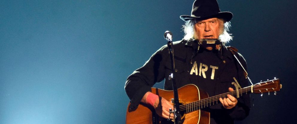 PHOTO: Neil Young performs at the Los Angeles Convention Center on Feb 6, 2015.