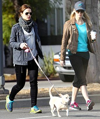Rachel McAdams Steps Out with Her Pup