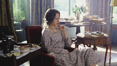 "PHOTO: Nicole Kidman stars in ""The Hours."""