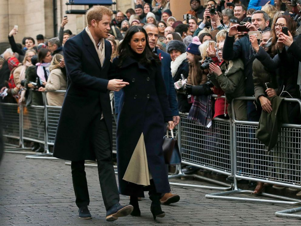 'PHOTO: Britains Prince Harry and his fiancee Meghan Markle arrive1_b@b_1the Terrence Higgins Trust World AIDS Day charity fair, in Nottingham, England, Dec. 1, 2017.' from the web at 'http://a.abcnews.com/images/Entertainment/prince-harry-meghan-markle-2-ap-jt-171201_4x3_992.jpg'