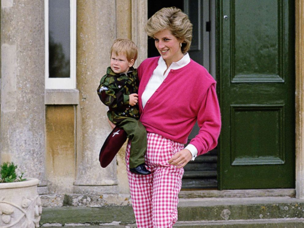 PHOTO: Princess Diana With Her Son Prince Harry at their country home Highgrove House, July 18, 1986, in U.K.
