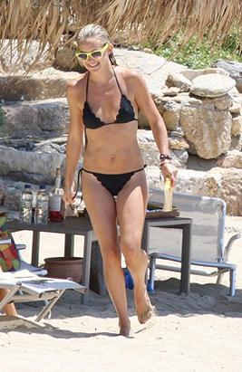 Kate Hudson in Greece