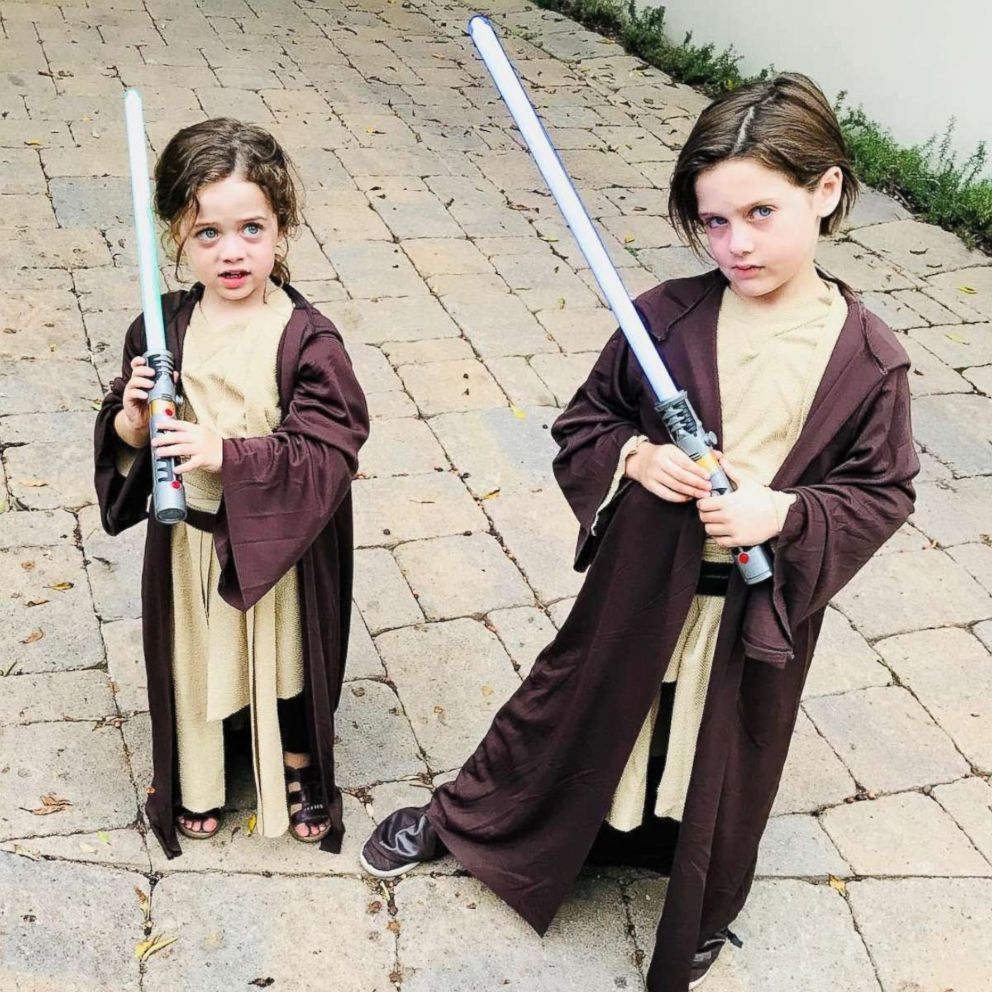PHOTO: Rachel Zoes kids Sky and Kaius dressed as Luke Skywalker and a Jedi Knight from Star Wars.
