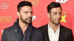 'PHOTO: Ricky Martin and Jwan Yosef attend a premiere event on Jan. 8, 2018, in Hollywood, Calif.' from the web at 'http://a.abcnews.com/images/Entertainment/ricky-martin-jwan-yosef-gty-jpo-180110_16x9t_240.jpg'