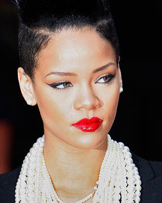 http://a.abcnews.com/images/Entertainment/rt_rihanna_091119_ssv.jpg
