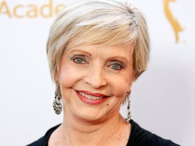 'The Brady Bunch' Mom Florence Henderson Dies at 82