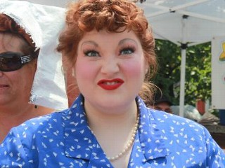 Photos: Hey Luuucy! Fans Dress as Lucille Ball