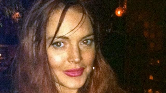PHOTO: Lindsay Lohan at Avenue