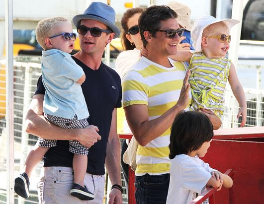 Neil Patrick Harris and David Burtka Go To The Farmer's Market With Their Kids
