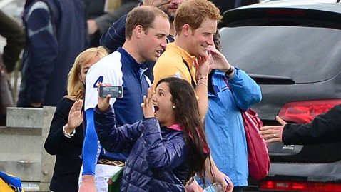 spl prince harry william super fan thg 130617 wblog Britains Prince Harry and Prince William Send Royal Fan Wild