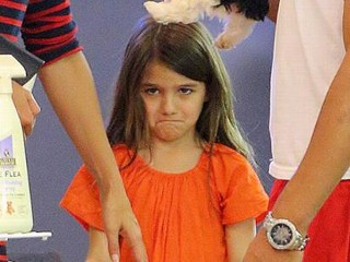 Photos: Suri Cruise's Puppy Tantrum