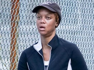Photos: Tyra Banks Blows Off Makeup