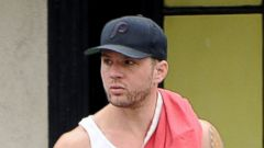 Ryan Phillippe Flashes His Toned Arms