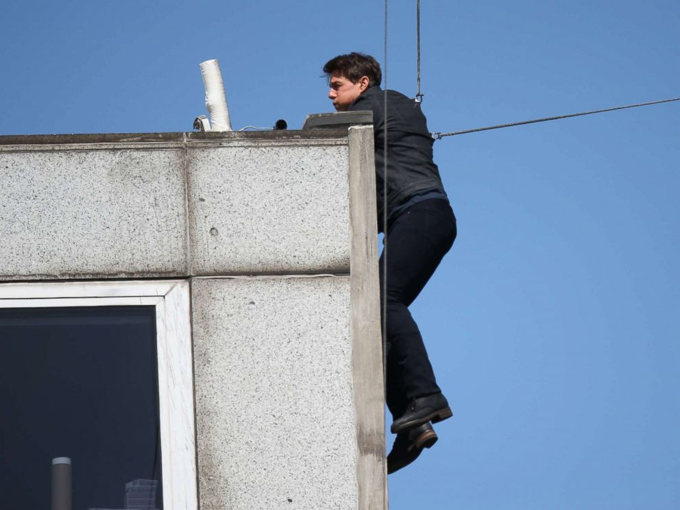 PHOTO: Tom Cruise is seen performing another amazing stunt for his new film Mission Impossible 6 in London, Aug. 13, 2017.