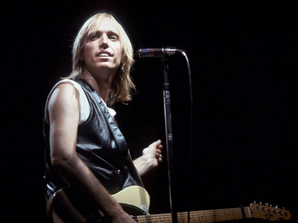 PHOTO: Musician Tom Petty performs.